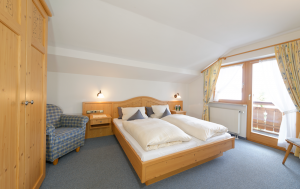 Wohnung 4: Schlafzimmer